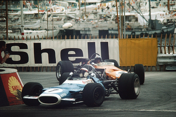 Monte Carlo, Monaco.15-18 May 1969.Jackie Stewart (Matra MS80 Ford) leads Bruce McLaren (McLaren M7C Ford). McLaren finished in 5th position.Ref-35mm 69 MON 22.World Copyright - LAT Photographic