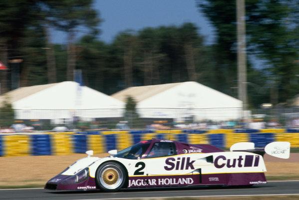 Le Mans, France. 20th - 21st June 1990.Jan Lammers/Andy Wallace/Franz Konrad (Jaguar XJR-12), 2nd position, action. World Copyright: LAT Photographic.Ref:  Colour Transparency.