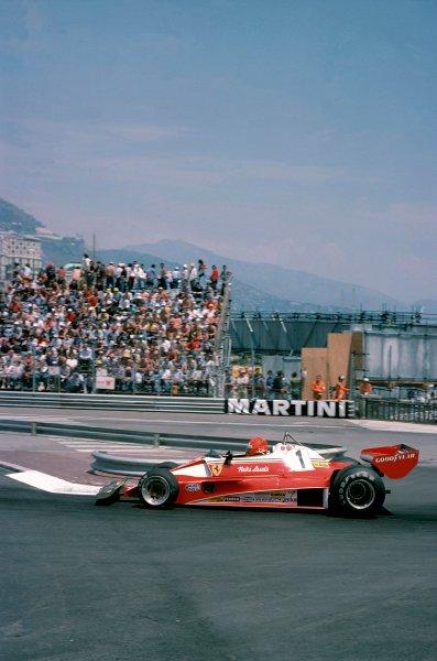 1976 Formula 1 World ChampionshipMonaco Grand Prix, Monte Carlo. 27th - 30th May 1976.Niki Lauda (Ferrari 312 T2)World Copyright: LAT Photographic.ref: 35mm Transparency.