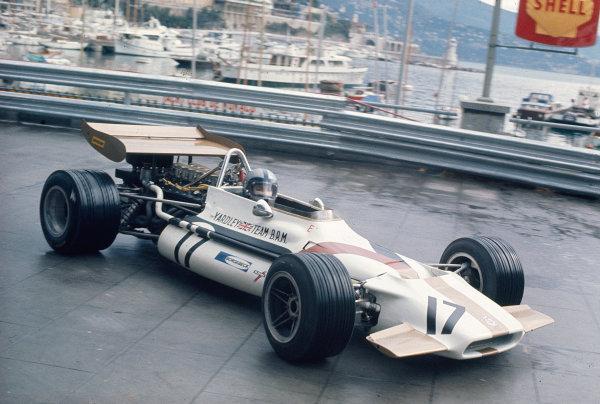 1970 Monaco Grand Prix.Monte Carlo, Monaco.7-10 May 1970.Pedro Rodriguez (BRM P153) 6th position.Ref-70 MON 10.World Copyright - LAT Photographic