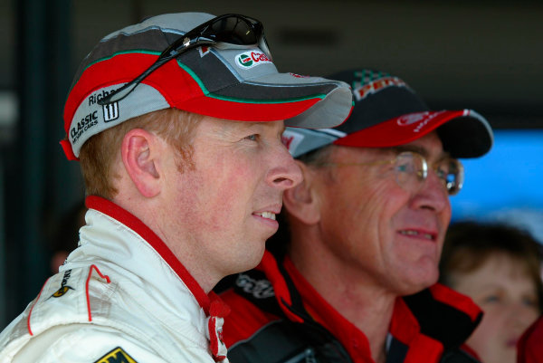 2003 Australian V8 SupercarsOran Park, Sydney, Australia. 17th August 2003.Holden driver Steve Richards and team owner Larry Perkins watch there chances in the 2003 championship slip away after another poor finish at Sydneys Oran Park. World Copyright: Mark Horsburgh/LAT Photographicref: Digital Image Only