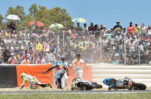 2017 MotoGP Championship - Round 4 Jerez, Spain Sunday 7 May 2017 Jack Miller, Estrella Galicia 0,0 Marc VDS, Alvaro Bautista, Aspar Racing Team crash World Copyright: Gold & Goose Photography/LAT Images ref: Digital Image 16040