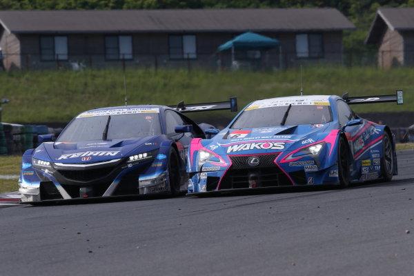 2017 Japanese Super GT Series. Autopolis, Japan. 20th - 21st May 2017. Rd 3. GT500 2nd position Koudai Tsukakoshi & Takashi Kogure ( #17 KEIHIN NSX-GT ) action World Copyright: Masahide Kamio / LAT Images. Ref: 2017SGT_Rd3_006