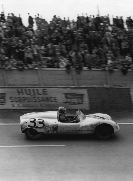 Le Mans, France. 28th - 29th July 1956 Ed Hugus/John Bentley (Cooper T39 Climax), 8th position, action. World Copyright: LAT Photographic Ref: Autocar Used Pic 3rd August 1956 Pg 156.