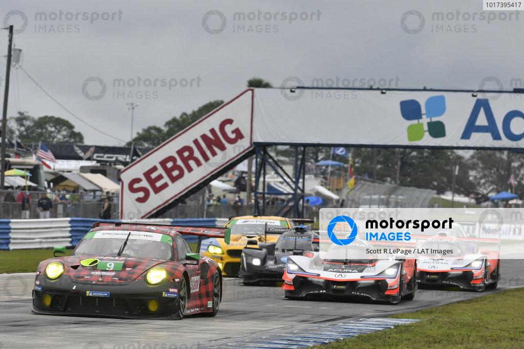 #9 PFAFF Motorsports Porsche 911 GT3 R, GTD: Scott Hargrove, Zacharie Robichon, Lars Kern, #7 Acura Team Penske Acura DPi, DPi: Helio Castroneves, Ricky Taylor, Alexander Rossi