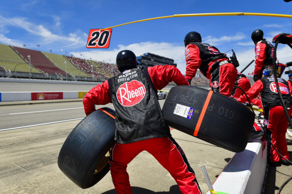 #20: Christopher Bell, Joe Gibbs Racing, Toyota Supra Rheem / RTP makes a pit stop