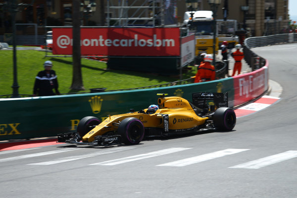 Jolyon Palmer (GBR) Renault Sport F1 Team RS16 at Formula One World Championship, Rd6, Monaco Grand Prix, Qualifying, Monte-Carlo, Monaco, Saturday 28 May 2016.