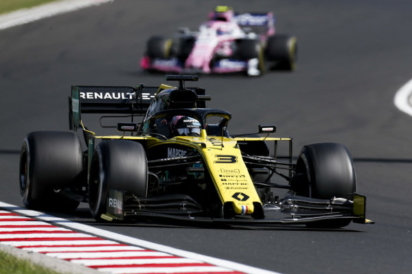 Daniel Ricciardo, Renault R.S.19, leads Lance Stroll, Racing Point RP19