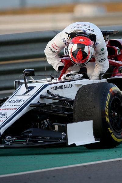 Kimi Raikkonen, Alfa Romeo Racing stops on track