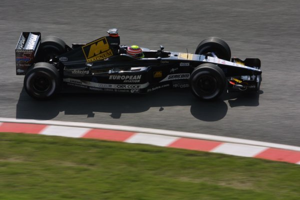 2001 Japanese Grand Prix - Friday / PracticeSuzuka, Japan. 20th October 2001.Alex Yoong (Minardi).World Copyright - LAT Photographicref: 8 9 MB Digital