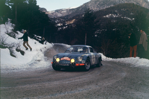Monte Carlo, Monaco. 16th - 24th January 1970.Jean-Pierre Nicolas/Claude Roure (Alpine-Renault A110 1300), 3rd position, action. World Copyright: LAT Photographic.Ref: 70MCRALLY32.