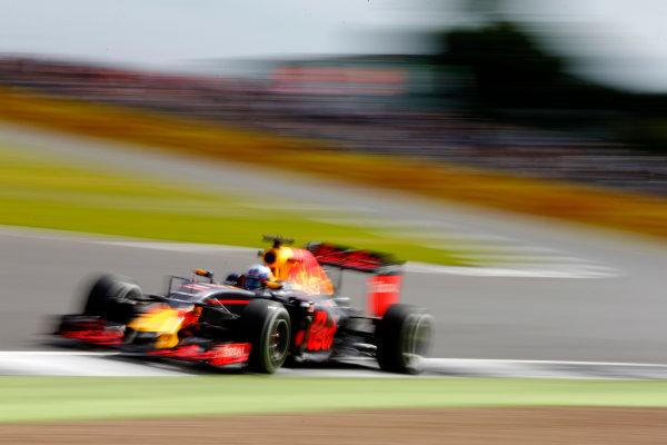 Silverstone, Northamptonshire, UK Friday 8 July 2016. Daniel Ricciardo, Red Bull Racing RB12 TAG Heuer. World Copyright: Hone/LAT Photographic ref: Digital Image _ONZ9956