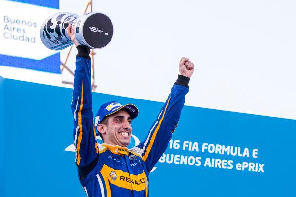 2015/2016 FIA Formula E Championship. Buenos Aires ePrix, Buenos Aires, Argentina. Saturday 6 February 2016. Sebastien Buemi (SUI), Renault e.Dams Z.E.15. Photo: Zak Mauger/LAT/Formula E ref: Digital Image _MG_8357