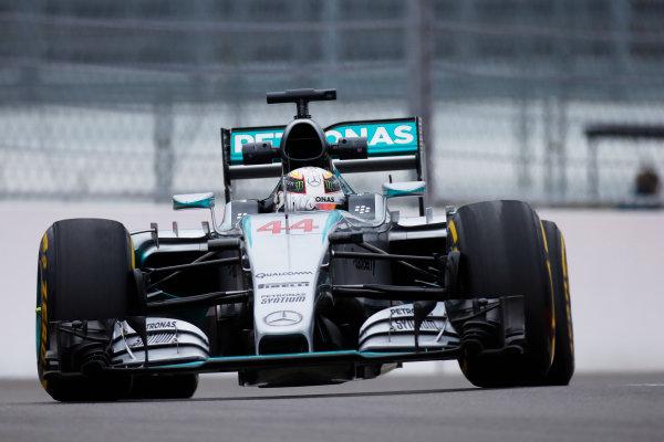 Sochi Autodrom, Sochi, Russia. Friday 9 October 2015. Lewis Hamilton, Mercedes F1 W06 Hybrid. World Copyright: Glenn Dunbar/LAT Photographic ref: Digital Image _W2Q9826