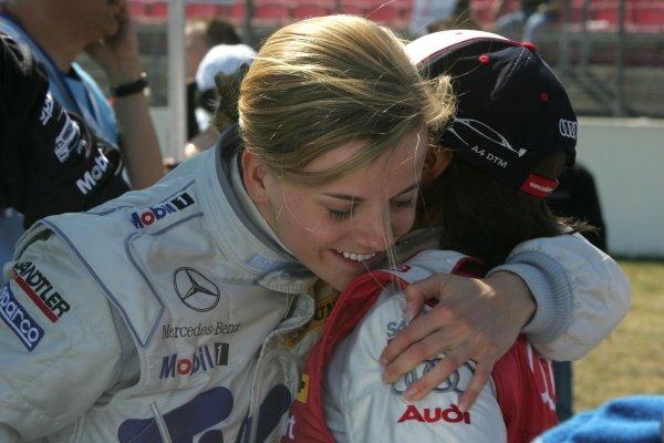 Susie Stoddart (SCO) TV Spielfilm AMG Mercedes with Vanina Ickx (BEL) Team Futurecom  DTM, Rd 1, Hockenheim, Germany, Sunday 22 April 2007. DIGITAL IMAGE