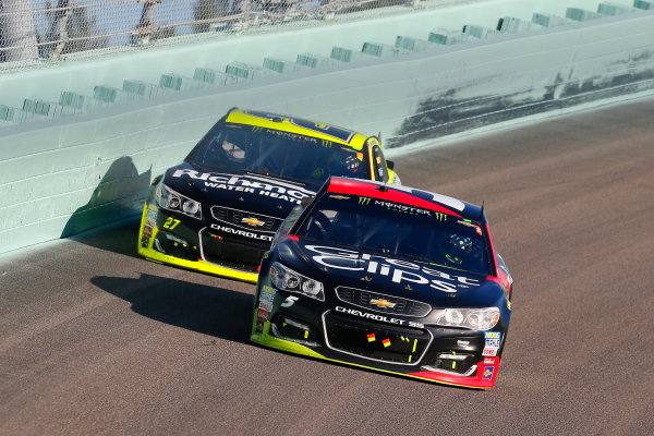 Monster Energy NASCAR Cup Series Ford EcoBoost 400 Homestead-Miami Speedway, Homestead, FL USA Sunday 19 November 2017 Kasey Kahne, Hendrick Motorsports, Great Clips Chevrolet SS and Paul Menard, Richard Childress Racing, Richmond/Menards Chevrolet SS World Copyright: Russell LaBounty LAT Images