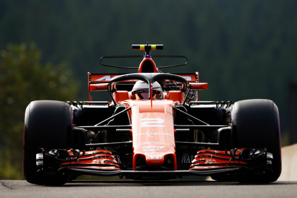 Spa Francorchamps, Belgium.  Friday 25 August 2017. Stoffel Vandoorne, McLaren MCL32 Honda, tries the halo device. World Copyright: Andy Hone/LAT Images  ref: Digital Image _ONZ8612