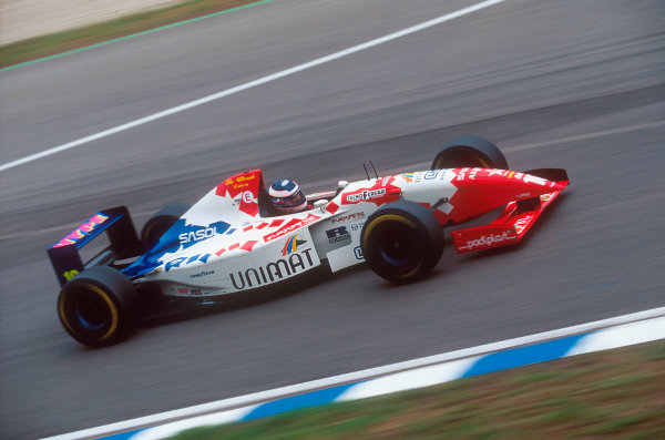 Silverstone, England.14-16 July 1995.Taki Inoue (Footwork FA16 Hart). He spun out on lap 17.Ref-95 GB 36.World Copyright - LAT Photographic