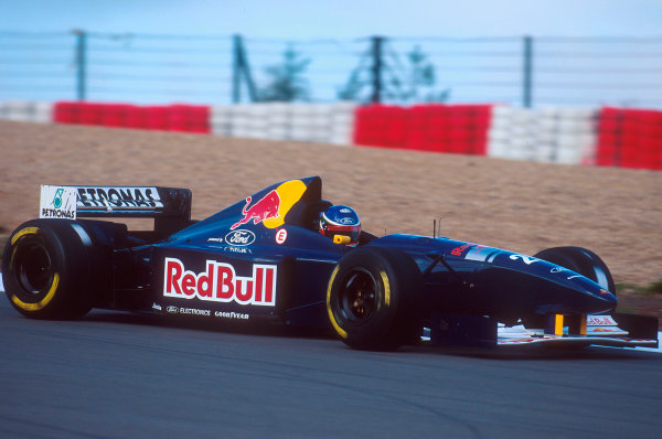 Nurburgring, Germany.29/9-1/10 1995.Jean-Christophe Boullion (Sauber C14 Ford). He spun out of the race.Ref-95 EUR 09.World Copyright - LAT Photographic
