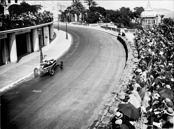 "1934 Monaco Grand Prix.Monte Carlo, Monaco. 2 April 1934.Achille Varzi, Alfa Romeo Tipo-B ""P3"", 6th position, action.World Copyright: Robert Fellowes/LAT PhotographicRef: 34MON08"