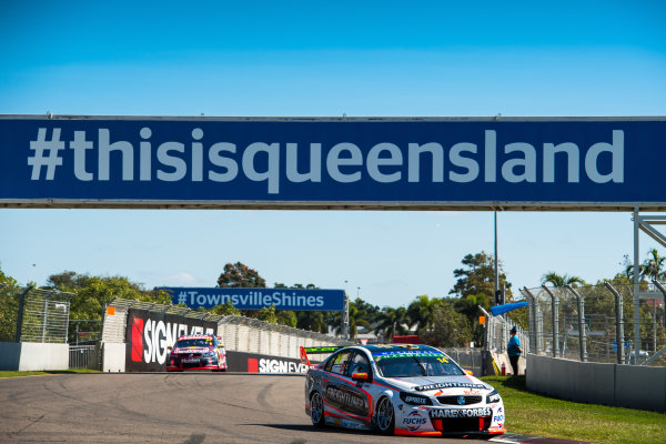 2017 Supercars Championship Round 7.  Townsville 400, Reid Park, Townsville, Queensland, Australia. Friday 7th July to Sunday 9th July 2017. Tim Slade drives the #14 Freightliner Racing Holden Commodore VF. World Copyright: Daniel Kalisz/ LAT Images Ref: Digital Image 070717_VASCR7_DKIMG_699.jpg