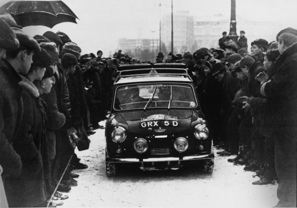 Paddy Hopkirk/Henry Liddon, Mini-Cooper S, 3rd position overall, action.  World Copyright: LAT Photographic.  Ref: B/W Print.