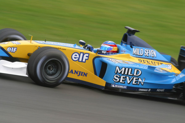 2002 Formula One TestingSilverstone, England. 17th September 2002.Fernando Alonso, Renault R202, action.World Copyright: Malcolm Griffiths/LAT Photographicref: Digital Image Only