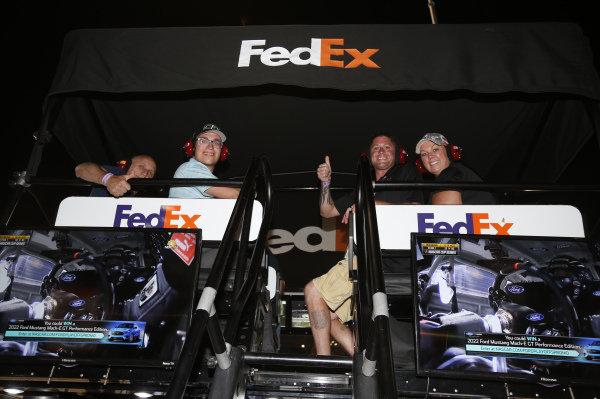 #11: Denny Hamlin, Joe Gibbs Racing, Toyota Camry FedEx Ground Guests