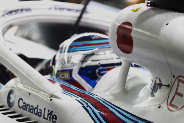 A poppy on the airbox of Sergey Sirotkin, Williams Racing.