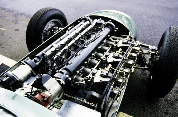 Aston Martin, DBR4