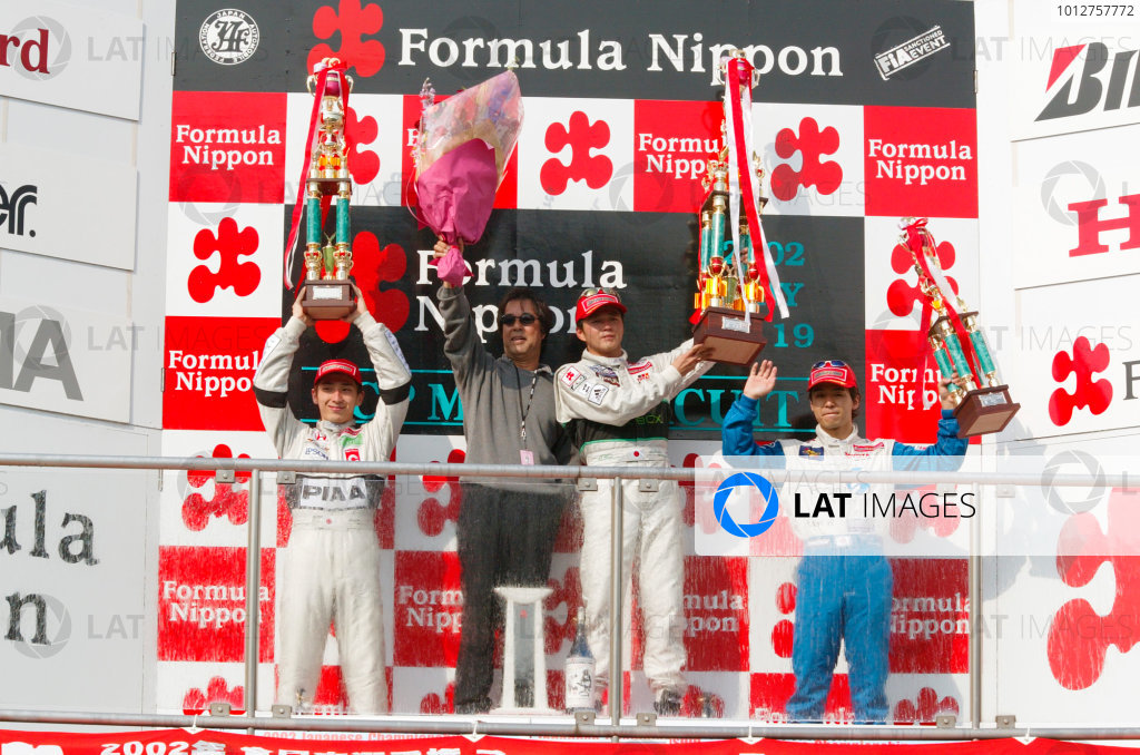 2002 Formula Nippon ChampionshipMine, Japan. 19th May 2002.Satoshi Motoyama (XBox Impul) 1st, Tsugio Matsuda (PIAA Nakajima) 2nd, Takeshi Tsuchiya (LeMans) 3rd.World Copyright: Yasushi Ishihara/LAT Photographicref: Digital Image Only