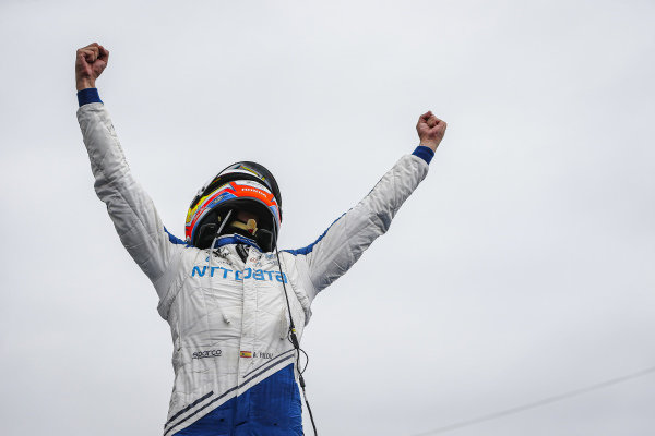#10: Alex Palou, Chip Ganassi Racing Honda wins the NTT IndyCar Series Championship