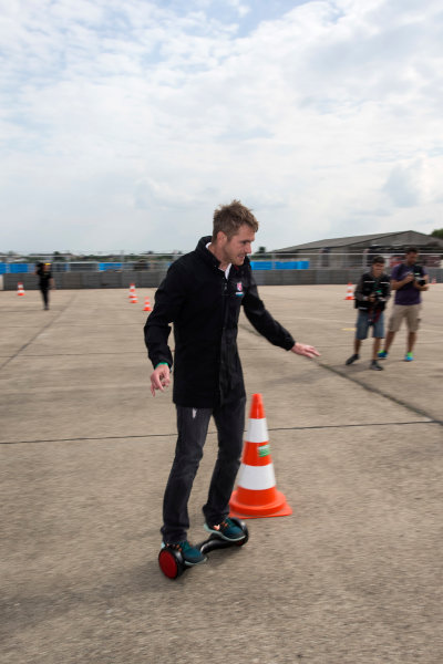 2014/2015 FIA Formula E Championship. Berlin ePrix, Berlin Tempelhof Airport, Germany. Thursday 21 May 2015 Scott Speed (USA)/Andretti Autosport - Spark-Renault SRT_01E on hovertrax.? Photo: Andrew Ferraro/LAT/Formula E ref: Digital Image _FER0852