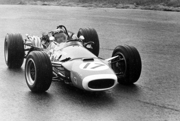 1968 Dutch Grand Prix.Zandvoort, Holland. 23 June 1968.Jean-Pierre Beltoise, Matra MS11, 2nd position, action.World Copyright: LAT PhotographicRef: Motor b&w print