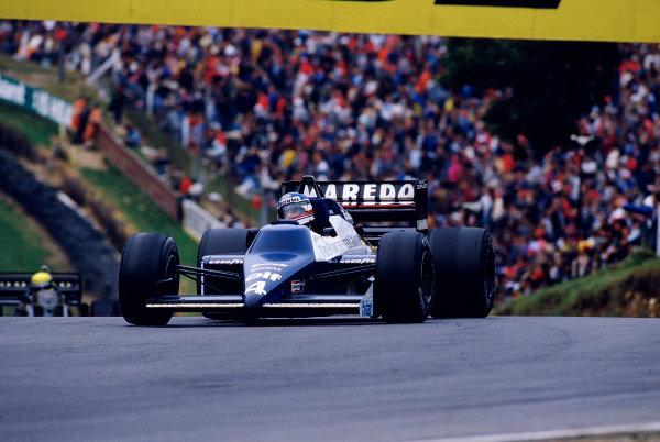 1985 European Grand Prix.Brands Hatch, England.4-6 October 1985.Ivan Capelli (Tyrrell 014 Renault).  Ref: 85EUR41. World Copyright - LAT Photographic
