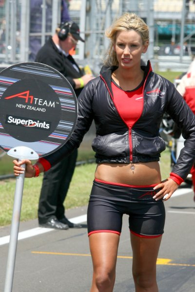 21.01 2007 Taupo, New Zealand, Grid girl - A1GP World Cup of Motorsport 2006/07, Round 6, Taupo - A1GP - Free for editorial usage - Copyright A1GP - Free for editorial usage