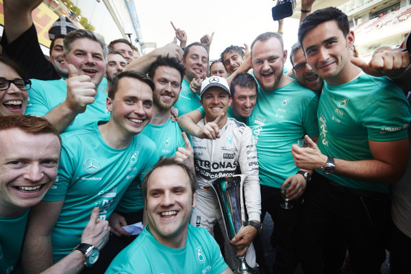 Circuit de Catalunya, Barcelona, Spain. Sunday 10 May 2015. Nico Rosberg, Mercedes AMG, 1st Position, celebrates with his team. World Copyright: Steve Etherington/LAT Photographic. ref: Digital Image SNE10377