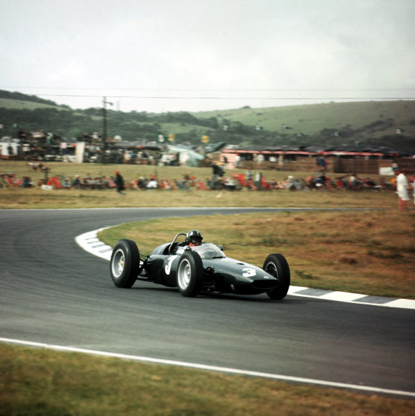 East London, South Africa.27-29 December 1962.Graham Hill (BRM P57) 1st position.Ref-3/0764.World Copyright - LAT Photographic