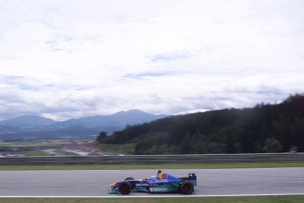 2000 Austrian Grand Prix.A1-Ring, Zeltweg, Austria.14-16 July 2000.Mika Salo (Sauber C19 Petronas) 6th position.World Copyright - LAT Photographic