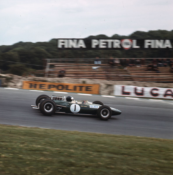Brands Hatch, England.14-16 July 1966.Jim Clark (Lotus 33 Climax) 4th position.Ref-3/2263.World Copyright - LAT Photographic