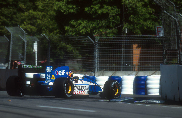 1992 Australian Grand Prix.Adelaide, Australia.6-8 November 1992.Thierry Boutsen (Ligier JS37 Renault) 5th position.Ref-92 AUS 09.World Copyright - LAT Photographic