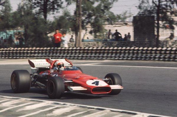 1970 Mexican Grand Prix.Mexico City, Mexico.23-25 October 1970.Clay Regazzoni (Ferrari 312B) 2nd position.Ref-70 MEX 70.World Copyright - LAT Photographic
