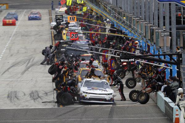 #42: John Hunter Nemechek, Chip Ganassi Racing, Chevrolet Camaro Fire Alarm Services, Inc., pit stop
