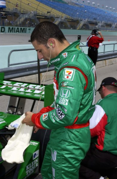 2003 IRL IndyCar Homestead, 2/28-3/2,2003, Homestead-Miami Speedway, USA Tony Kanaan suits up for qualifiying.World Copyright-F Peirce Williams 2003 LAT Photographicref: Digital Image Only