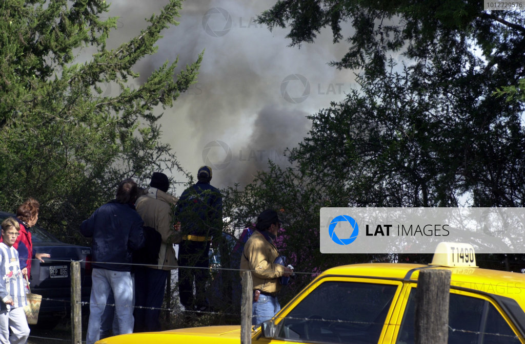 2001 World Rally Championship. ArgentinaMay 3rd-6th, 2001Fire broke out in a carpark adjacent to stage 11.Photo: Ralph Hardwick/LAT
