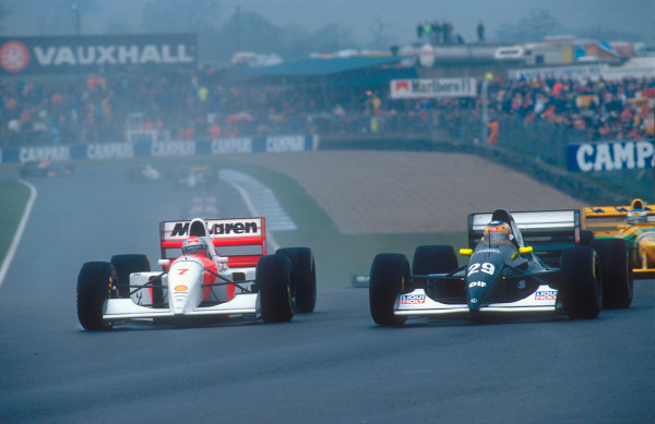 1993 European Grand Prix. Donington Park, England. 9-11 April 1993. Michael Andretti (McLaren MP4/8 Ford) takes a look down the inside of Karl Wendlinger (Sauber C12 Ilmor) at Coppice Corner.  Ref-93 EUR 20. World Copyright - LAT Photographic
