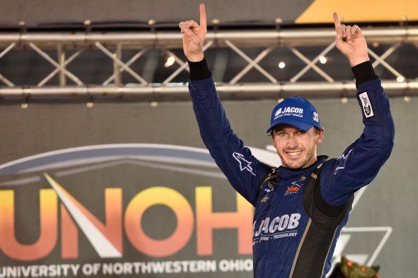 17 August, 2016, Bristol, Tennessee USA Ben Kennedy (33) wins the UNOH 200 race. ?2016, John Harrelson / LAT Photo USA