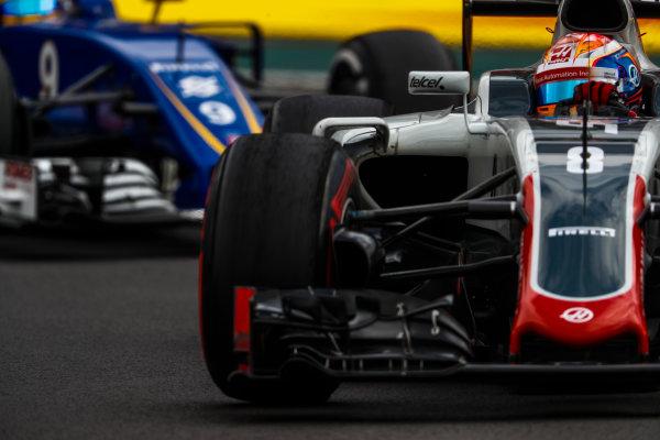 Autodromo Hermanos Rodriguez, Mexico City, Mexico. Friday 28 October 2016. Romain Grosjean, Haas VF-16 Ferrari. World Copyright: Glenn Dunbar/LAT Photographic ref: Digital Image _X4I6926