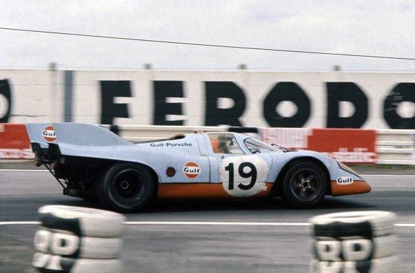 1971 Le Mans 24 hours.Le Mans, France. 12-13 June 1971.Herbert Muller/Richard Attwood (Porsche 917K), 2nd position.World Copyright: LAT PhotographicRef: 35mm transparency 71LM04