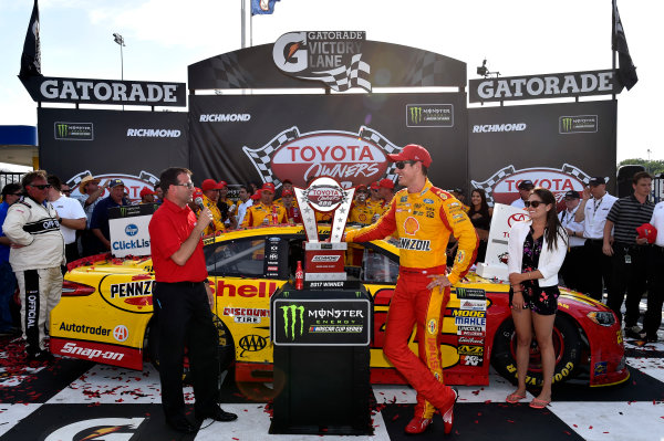 Monster Energy NASCAR Cup Series Toyota Owners 400 Richmond International Raceway, Richmond, VA USA Sunday 30 April 2017 Joey Logano, Team Penske, Shell Pennzoil Ford Fusion wins. World Copyright: Rusty Jarrett LAT Images ref: Digital Image 17RIC1rj_4399